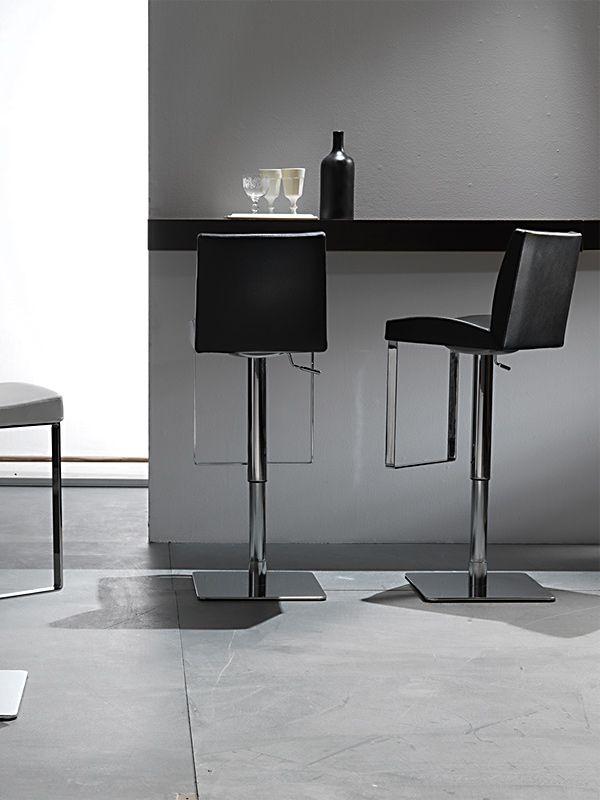 Sgabello maxim 575 sgabelli sedute for Produttori tavoli allungabili